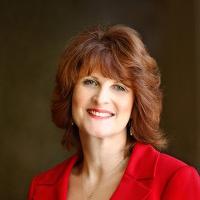 Dr Kaye Shelton