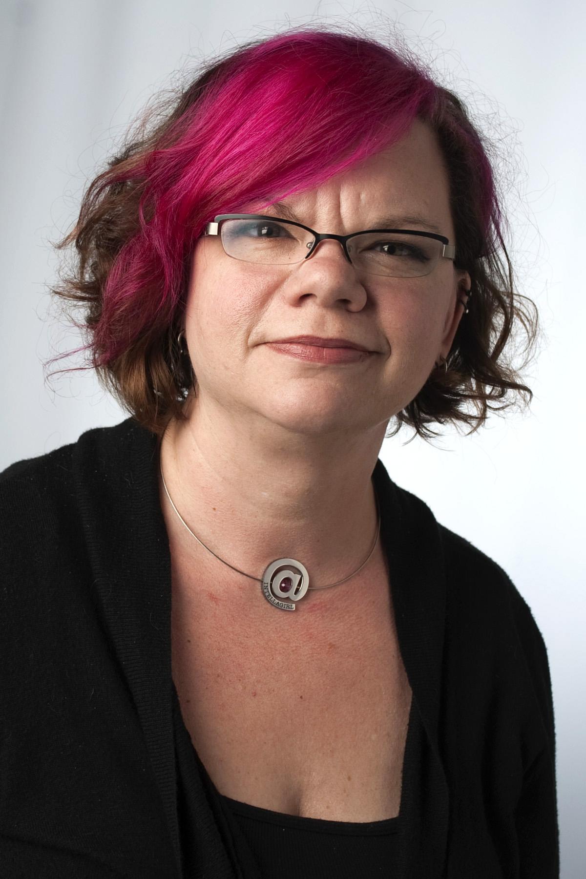 Headshot of Sarah Smith-Robbins.jpg