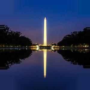 Photograph of the Washington Monument at night